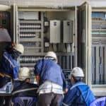 חיבור ארון חשמל מסחרי במרכז